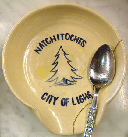Natchitoches, City of Lighs Spoon Holder with Human-made Defect, Photo of Spoon Holder owned by Bobby, Photo Copyright 2010 by Bobby Matherne