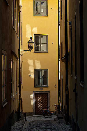 'Yellow Street' Camla Stan, Stockhom, Sweden, May, 2009, Photo by and Copyright 2010 by Vesa Loikas